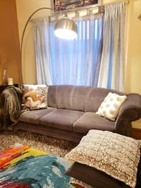 Gorgeous grey couch  good condition  Calgary, T3K 6E8