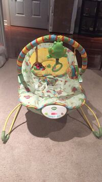 Fisher Price calming vibrating activity chair - new ! Mont-Royal, H4P 1Z2