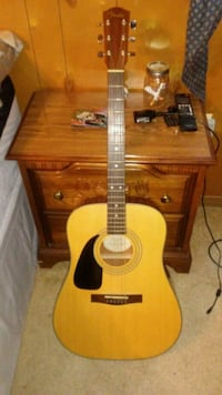 brown and black acoustic guitar New Providence, 17560