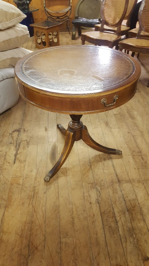 Vintage Round Table w/Leather Inlay Top