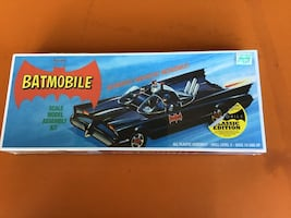 Batman Batmobile Model Kit