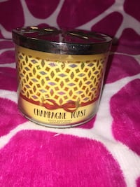 "Bath and body works candle  ""Champagne toast"" sent Houston, 77092"