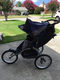 BOB jogging stroller Virginia Beach, 23455