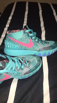Kyrie Irving 1 south beach Christmas inspired Mississauga, L5J 3N7