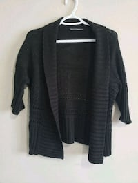 Medium black knit top Edmonton, T5K 1T9