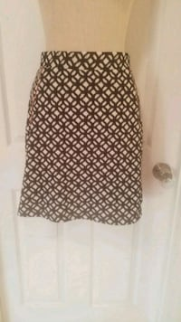 Juniors Skirt Size Small by Chico Nashua, 03060