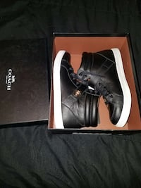 Coach Size 7 Fort Worth, 76119