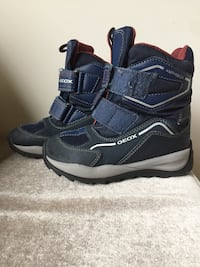 Boys Geox Snow Boots - Size 11 Mississauga, L5G 3P5