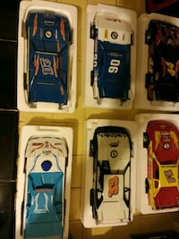 Dirt model racing collectable cars