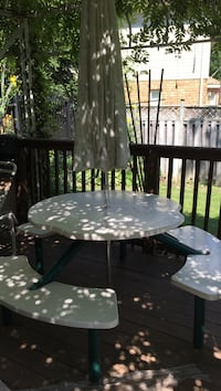 white and black patio table set Kitchener, N2A 3Z4