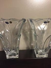 two clear glass candle holders 3120 km
