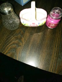 Candle, basket etc Pearland, 77581