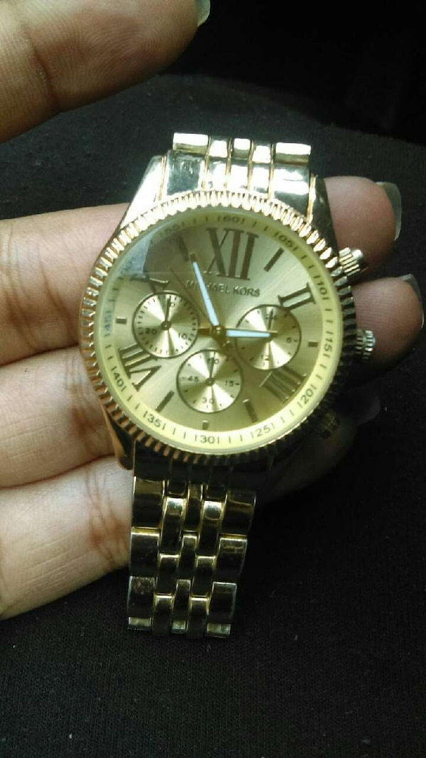 d67a4113d962 Used gold link round michael kors chronograph watch for sale in Fort ...