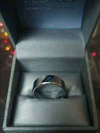 Titanium blue diamond ring Toronto, M4L 3A2