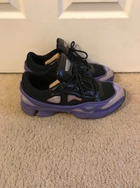 Pair of purple-and-black nike basketball shoes Lanham, 20706
