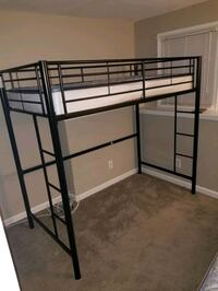 Twin Loft Bed And Twin Daybed  Crofton, 21114