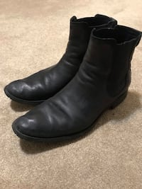 Cole Haan Chelsea Boots Size 10 Mississauga, L5V 2E3