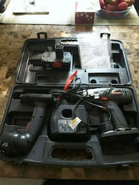 Cordless Craftsman drill and worklight Laval, H7S 1L4