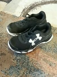 Boys Under Armour size 12 toddler East Peoria, 61611