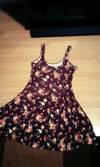 black and pink floral spaghetti strap dress Surrey, V3R