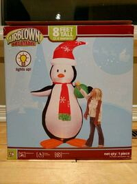 8ft Christmas penguin inflatable Fort Erie, L2A 5M4