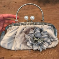 Light gray/silver pocketbook Point Pleasant, 08742