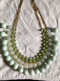 Green and Gold bead Necklace Toronto, M5A 3J7