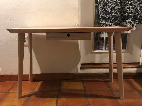 Sold Ikea Lisabo Desk In Miami Letgo