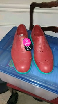 pair of red leather shoes King City, L7B 1K2