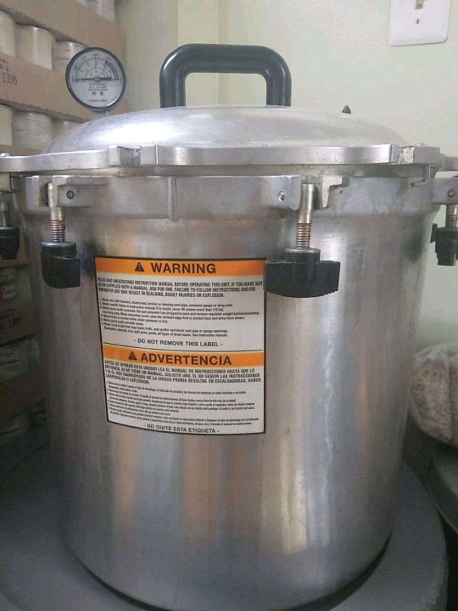 Photo All American commercial pressure cooker 41 quarts!