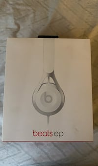 Beats EP On-Ear Headphones - Black Fort Washington, 20744