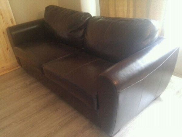 Used Chocolate bicast leather couch for sale in Surrey - letgo