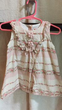 white and pink floral sleeveless top Burnaby, V3N 4Z3