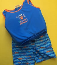 Toddler Trunks & Life Vest 3-4 35 pounds Whitby, L1P 0A6