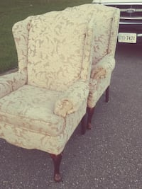 white and pink floral fabric sofa chair Hampton, 23669