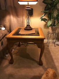 4 matching wood tables Alma, 48801