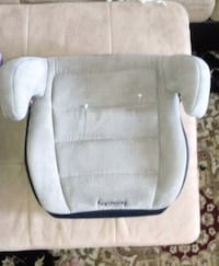 baby's gray and white car seat