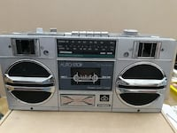 Radio-cassette International 8701B