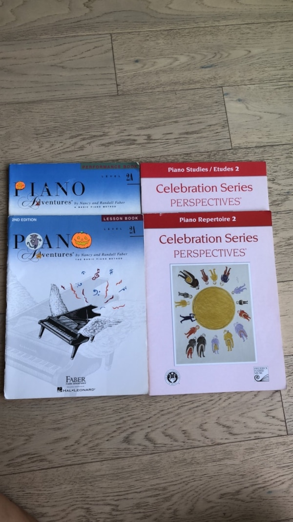 Piano books LEVEL 2