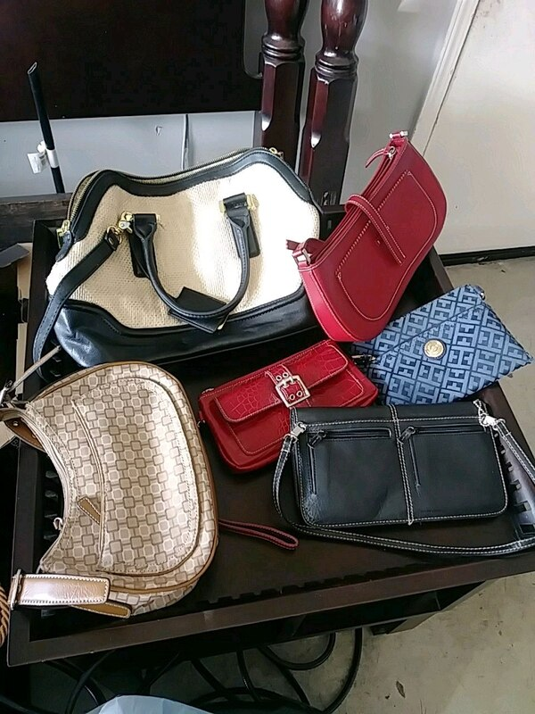 d290f7aabe Used women s assorted color leather bags for sale in San Leandro - letgo
