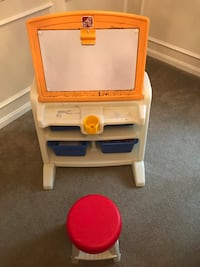 Step 2 dry erase board desk with stool Silver Spring, 20905