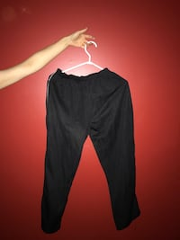Trackpants size M Burnaby, V3J 1C6