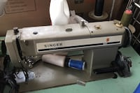 Singer sewing machine 591 with base