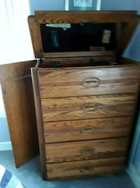 brown wooden 3-drawer chest College Park, 20740