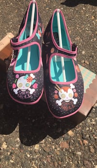Women's Funky Candy Skull Mary Jane. Size 8 Columbia Heights, 55421