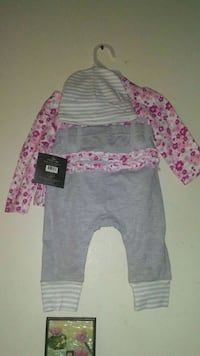 NEW! 3pcs! 3 to 7 month's outfit. Toronto, M1E 2N1