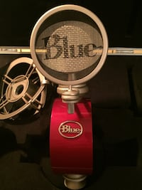 Blue reactor microphone  Calgary, T2T 1Z5