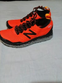 New balance trail running shoes mens size 8