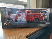 1941 pumper firetruck Collectible Toronto, M4K 3N4
