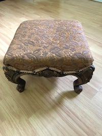 Foot stool Burnaby, V3N 2L9